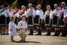 European Countries, Czech Republic, Sequin Skirt, Skirts, Dresses, Art, Fashion, Vestidos, Moda