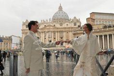 Svadba v Ríme - keď vo Vatikáne pršalo šťastie