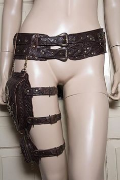 Steampunk - Utility Belt with thigh pouches Steampunk Cosplay, Steampunk Fashion, Steampunk Belt, Elf Kostüm, Steampunk Accessoires, Hip Bag, Character Outfits, Steam Punk, Corsets