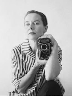 Jini Dellaccio, The 'Unlikely Rock Photographer,' Dies At 97