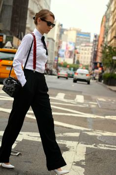 I can think about plenty of ideas on how to style bold women outfits with suspenders. Though, it is a men-oriented style but still women love to owe it in Suspenders Fashion, Suspenders Outfit, Suspenders For Women, Bold Fashion, Suit Fashion, Estilo Tomboy, Fashion Tips For Women, Womens Fashion, Gothic Fashion