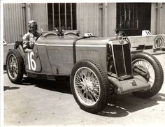 Doreen Evans. Using a rebodied version of the Q-Type, she won the Outer Circuit race at the Brooklands March meeting in 1935. In yet another MG, an R-Type, she and Kenneth entered the Brooklands 500 Mile race, but did not finish due to valve trouble.