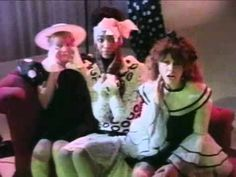 starring Keith Harring and Chris and Tina from the talking heads & tom tom club and the late Drag queen performer, playwright, and actor, artist Ethyl Eichelberger Tom Tom Club, B 52s, Double Entendre, Playwright, Post Punk, Video Clip, Mtv, Soundtrack, Happy Halloween