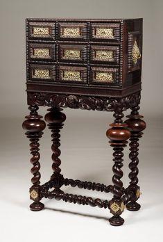 17th Century, Antique Furniture, Cabinets, Portugal, Contemporary Art, Auction, Carving, The Originals, Antiques