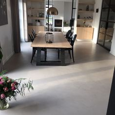 Cool home idea! Polished Concrete Tiles, Concrete Floors, Beton Design, Concrete Design, Living Room Flooring, Floor Finishes, Small House Plans, Decorating Your Home, New Homes