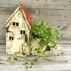 Domek ceramiczny Stara Kamienica ⋆ Wylepianki * Ceramic house with herbs