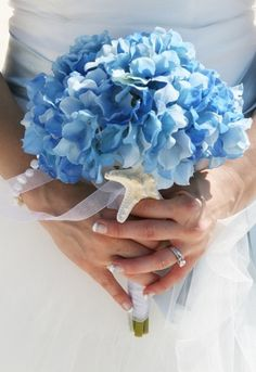 blue flowers #wedding