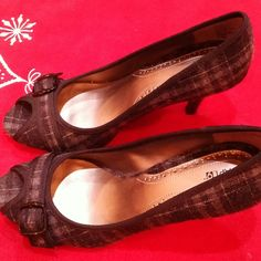 """Black & Gray peep toe pumps! They are like a wool plaid upper and super cute! Heel is 3 1/2"""". Nowhere in there can I find a size but I'd swear it's a 7 1/2. I never wore them at all only because I rarely dress up?? Apt. 9 Shoes Heels"""