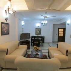 3 BHK apartment for rent in Green Park built on 300 sq.yds in South Delhi. For More information or bookings Service Apartments call us +91 9999198386, 9999998386.