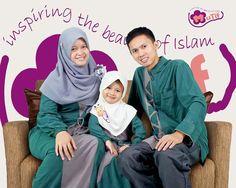 "INSPIRASI KOMPAK KELUARGA MUSLIM INSPIRATIF MUTIF Keluarga Kompak Inspiratif, Yusuf Salim &  Niky Komala Dewi: Kp. Lembang, Ds. Kiangroke, Kec. Banjaran Kab. Bandung, Jawa Barat. Ayo, kirimkan foto-foto kompak bersama Keluarga tercinta / Komunitas Inspiratif saat memakai Koleksi Mutif dan kirimkan lewat email di: eventmutif@gmail.com / imron@mutif.id sebelum 31 Juli 2016.  Mutif, Inspiring Style & Beauty, Inspiring The Beauty of Islam"" #LombaFotoKeluargaMutif www.mutif.co - www.mutif.id"