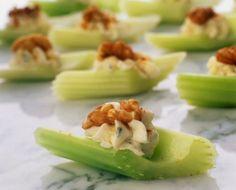 Veg  fingerfood :: celery+cheese+walnut