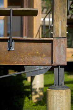 Viga-vagão: detalhe ancoragem do cabo