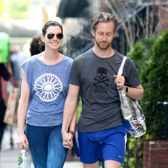 Anne Hathaway Wore Enthusiastic Cycling Gear