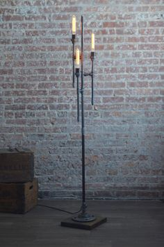 Bare Bulb Floor Lamp - Industrial Floor Lamp - Gothic Lamp - Steampunk Lamps - Pipe Lamp - Industrial Furniture - Model No. Industrial Floor Lamps, Industrial Lighting, Industrial Furniture, Industrial Style, Pipe Lighting, Vintage Industrial, Lampe Steampunk, Lampe Metal, Lampe Tube