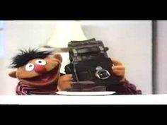 Ernie & Cookie Monster - Cupcakes (vintage Sesame Street)