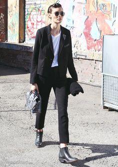 Street Style: blazer + white shirt + black pants + black ankle boots: tomboy style