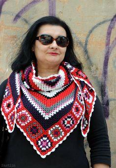 Granny square shawl / crochet triangular scarf by Nastiin