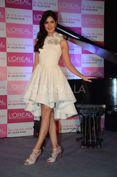 Parties & Events Photogallery - Times of India Bollywood Outfits, Bollywood Actress Hot Photos, Bollywood Girls, Beautiful Bollywood Actress, Most Beautiful Indian Actress, Bollywood Fashion, Star Fashion, Fashion Outfits, Short Frocks
