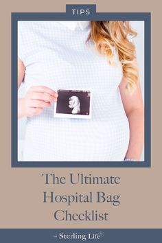 Having just what you need in your hospital bag is so important for a smooth labo. - Having just what you need in your hospital bag is so important for a smooth labor and recovery. Pregnancy Quotes, Pregnancy Advice, Pregnancy Signs, Pregnancy Care, Maternity Quotes, Birth Hospital Bag, New Baby Quotes, Hospital Bag Checklist, First Time Parents