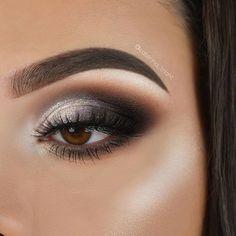 Smokey grey eye shadow