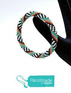 Spiral green and black crochet bracelet BR1100 from Nazo Design https://www.amazon.com/dp/B01H7SK1W4/ref=hnd_sw_r_pi_dp_QTy6xbNJHX8FW #handmadeatamazon