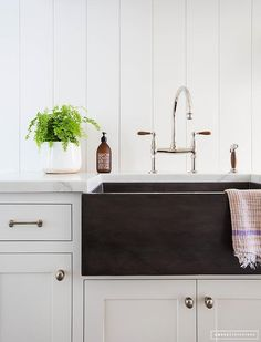 Fireclay apron sink