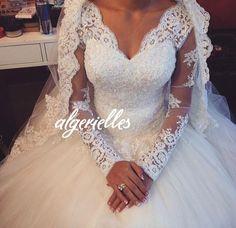 80b59ea3e7de 15 meilleures images du tableau robe blanche mariage