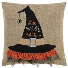 Witch Hat Pillow: 15 x 15 inches Dulceros Halloween, Adornos Halloween, Halloween Sewing, Halloween Pillows, Halloween Quilts, Halloween Fabric, Halloween Home Decor, Holidays Halloween, Halloween Decorations