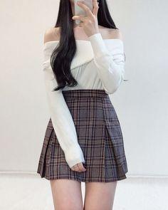 Korean Girl Fashion, Korean Fashion Trends, Ulzzang Fashion, Korean Street Fashion, Kpop Fashion Outfits, Korean Outfits, Asian Fashion, Korean Clothes, Style Outfits