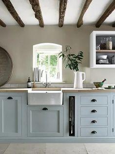 43 The Best Ideas For Neutral Kitchen Design Ideas kitchen Kitchen Interior, New Kitchen, Kitchen Decor, Kitchen Wood, Green Kitchen, Kitchen Ideas, Kitchen Country, Distressed Kitchen, Kitchen Units
