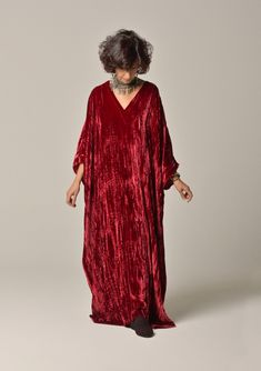 This caftan is in a special velvet thats been treated to create the effect of crushed velvet Its burgundy red Showcase Design, Crushed Velvet, Audi, Creations, Kimono Top, Burgundy, Cover Up, Paris, How To Wear