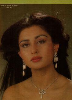 Beautiful Bollywood Actress, Most Beautiful Indian Actress, Most Beautiful Faces, Beautiful Actresses, 80s Actresses, Indian Actresses, Bollywood Cinema, Bollywood Stars, Bridal Makeup Images