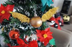 Enfeites de Natal - DIY (Geek ou não) | Suéter Azul harry potter golden snitch