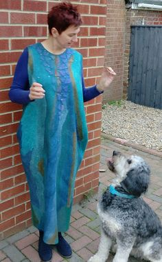 Lena Archbold creates lots of her nuno felt with Margilan silk. Margilan Silk is available to buy from her online shop. North East England, Creative Workshop, Nuno Felting, Textile Artists, Wearable Art, Merino Wool, Tie Dye, Cover Up, Textiles
