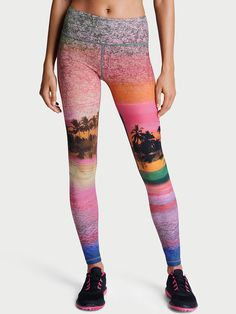 Shop sportswear bottoms today to find sexy styles in leggings, yoga pants, joggers, shorts and more! Find the style that's right for you, only at Victoria Sport. Victoria's Secret, Vs Sport, Tights, Leggings, Victoria Secret Sport, Nice Tops, Sport Outfits, Yoga Pants, Joggers