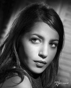 Leila Bekhti (2009) - Harcourt Studio  #scomme