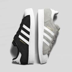 Black and light grey Adidas Superstar Suede Sneakers. Adidas Shoes Women, Nike Women, Adidas Sneakers, Cute Shoes, Me Too Shoes, Comfy Shoes, Sneaker Outfits, Basket Mode, Shoe Boots