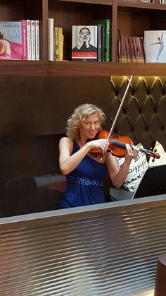 We love this picture of @elsamartignoni! #morningconcert #milanoscala #hotelmilano #milano #italy #music http://bit.ly/1I9WN4L