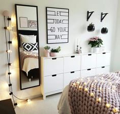 Teen bedroom interior design ideas color scheme plus decor i Bedroom Inspo, Home Bedroom, Girls Bedroom, Bedroom Ideas, Teen Bedroom Colors, Trendy Bedroom, Bedroom Black, Colorful Teen Bedrooms, Design Bedroom