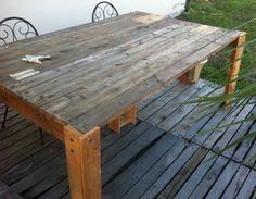 Récup\' de volets de baies vitrées pour fabriquer une table de jardin ...
