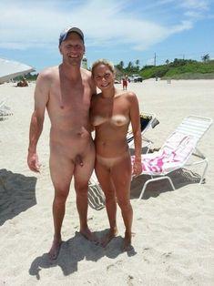 Amateur women nude on webcam gifs