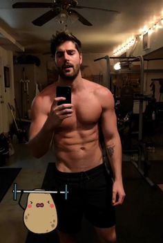 Late Night Workout, Nick Bateman, Actors Male, Bollywood Actors, Beautiful Men, Eye Candy, Hollywood, Fictional Characters, Men's Clothing