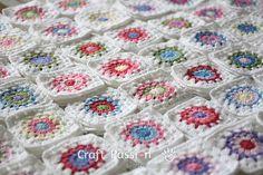 Crochet Tip: Scrap Yarn Granny Square Color Combination Guide