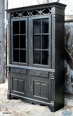 """I absolutely lust after this hutch.  Normally I like furniture """"befores"""" a lot better than the """"afters""""; this one is barely recognizable, it's so much better than the before.  It's *beautiful*."""