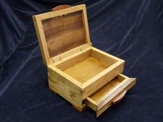 Jewelry Box No. 85 (open)