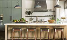 55 Best Kitchen Lighting Ideas - Modern Light Fixtures for Home Kitchens Modern Kitchen Lighting, Kitchen Lighting Fixtures, Light Fixtures, Industrial Lighting, Industrial Style, Kitchen Modern, Kitchen Industrial, Kitchen Images, Kitchen Designs