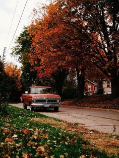 Image in Autumn 🍂🍁 collection by Lara on We Heart It Fall Background, Autumn Scenery, Autumn Aesthetic, Autumn Cozy, Vintage Fall, Fall Wallpaper, Fall Pictures, Best Seasons, Hello Autumn