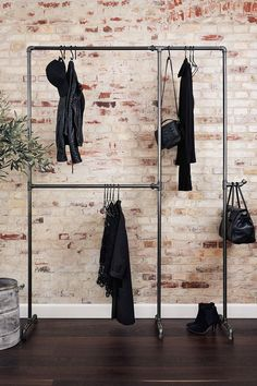 Wild Bill Elliot - Freestanding clothes rack with two .- Wild Bill Elliot – Freistehender Kleiderständer mit zwei Ebenen Practical and sturdy clothes rack made of iron pipes – to buy at RackBuddy - Pipe Furniture, Furniture Design, Diy Furniture Industrial, Industrial Clothes Rail, Industrial Design, Industrial Closet, Furniture Showroom, Rustic Furniture, New Swedish Design