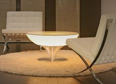 Luminaire Design & Lampe Design sur I Light You - Eclairage design Cool Coffee Tables, Round Coffee Table, Coffee Table Design, Modern Coffee Tables, Design Tisch, Luminaire Design, Chaise Baroque, Coffee Table Wayfair, Modern Side Table