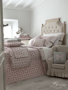 shabby and chic girl room Girl Room, Girls Bedroom, Bedrooms, Butterfly Bedroom, Shabby, Baby Princess, Beautiful Butterflies, Decoration, Merino Wool Blanket